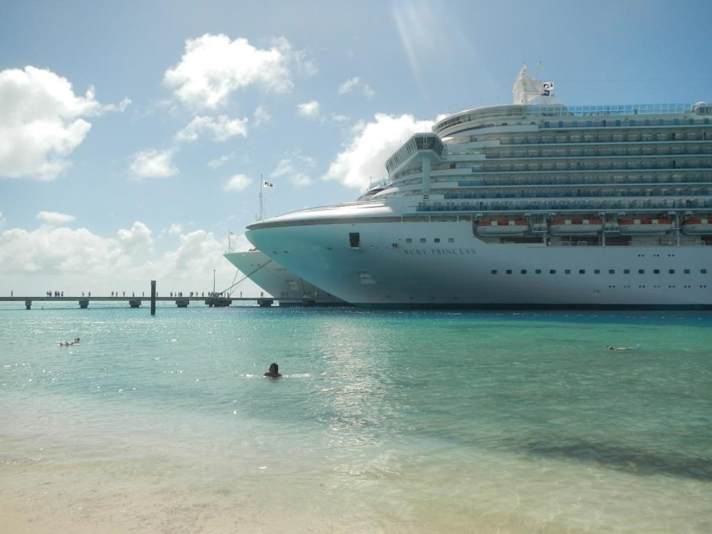 Ruby Princess (Grand Turk 2014)